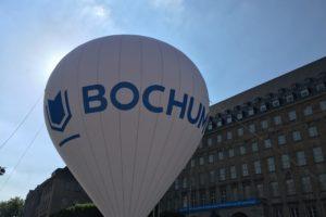 (Die neue Marke) Bochum vor dem Rathaus am Willy-Brandt-Platz