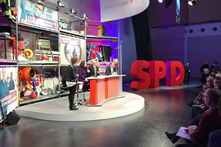 Diskussionsrunde bei der SPD-Arbeitnehmerkonferenz u.a. mit Ministerin Andrea Nahles vom Bundesministerium für Arbeit und Sozialordnung (BMAS). #GuteArbeitVerbindet #SPD