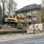 Parkwärterhäuschen im Bochum-Ehrenfeld #boEhrenfeld (nahe Ansicht aus Südost, Mittelinsel der Königsallee)