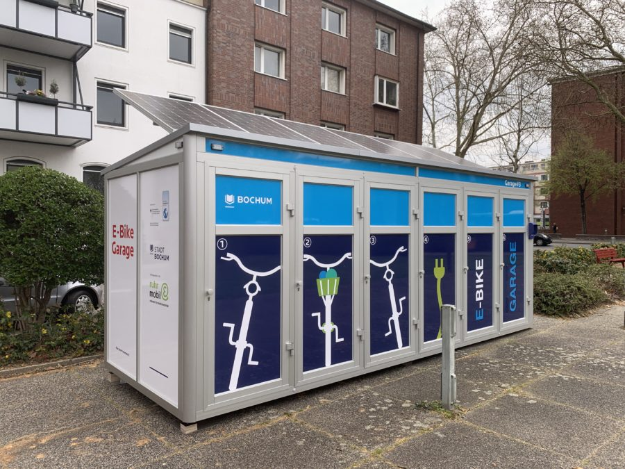 E-Bike-Garage #3 (von der anderen Seite) auf dem William-Shakespeare-Platz im Bochumer Ehrenfeld