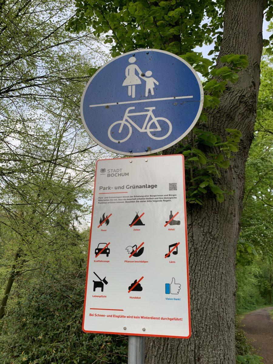 Neues Hinweisschild der Stadt Bochum zum Wiesental