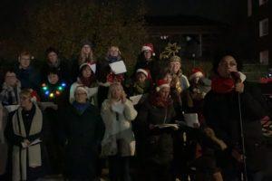 "Adventsglühen bei Tana: ""Be Happy"" - der Radio Bochum-Chor"