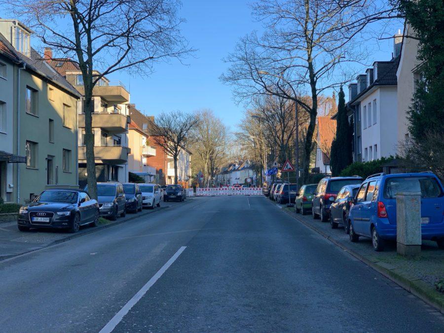 Friederikastraße gesperrt - auf Höhe der Gabelsbergerstraße