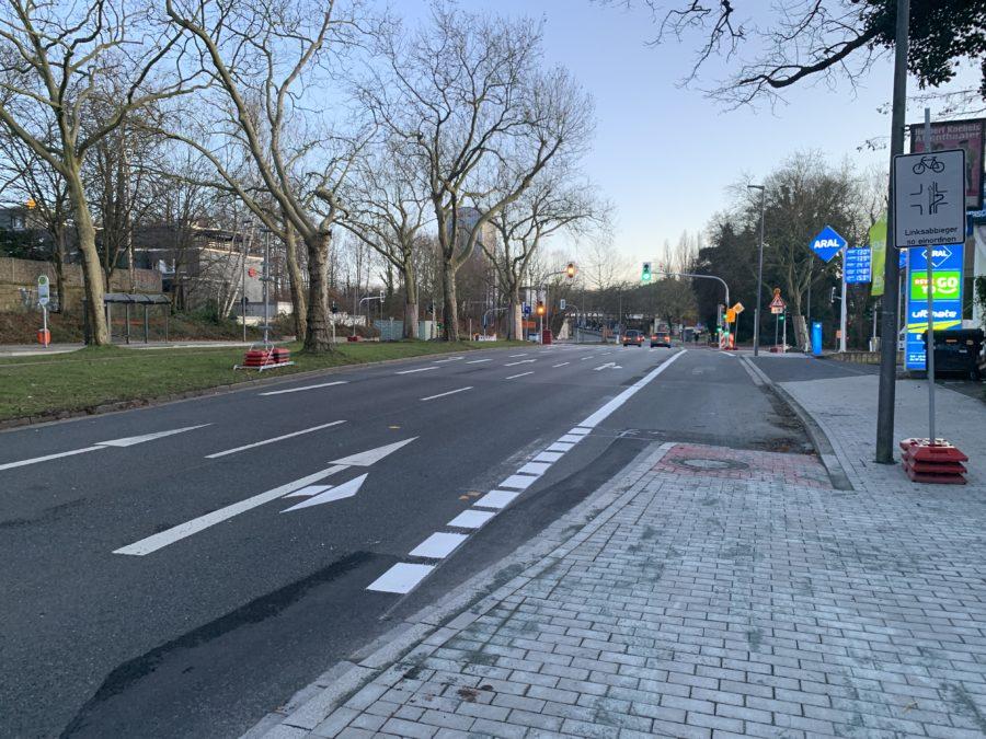 Bochum: Kreuzung Königsallee / Wasserstraße in Richtung Süden (Dezember 2019)
