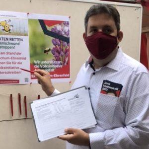 Sammlung von Unterschriften für die Volksinitiative Artenvielfalt NRW durch die SPD Bochum-Ehrenfeld