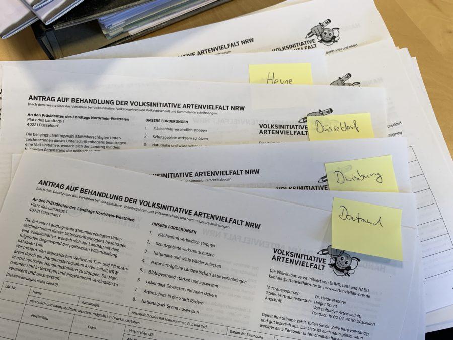 Unterschriftenlisten für die Volksinitiative Artenvielfalt NRW