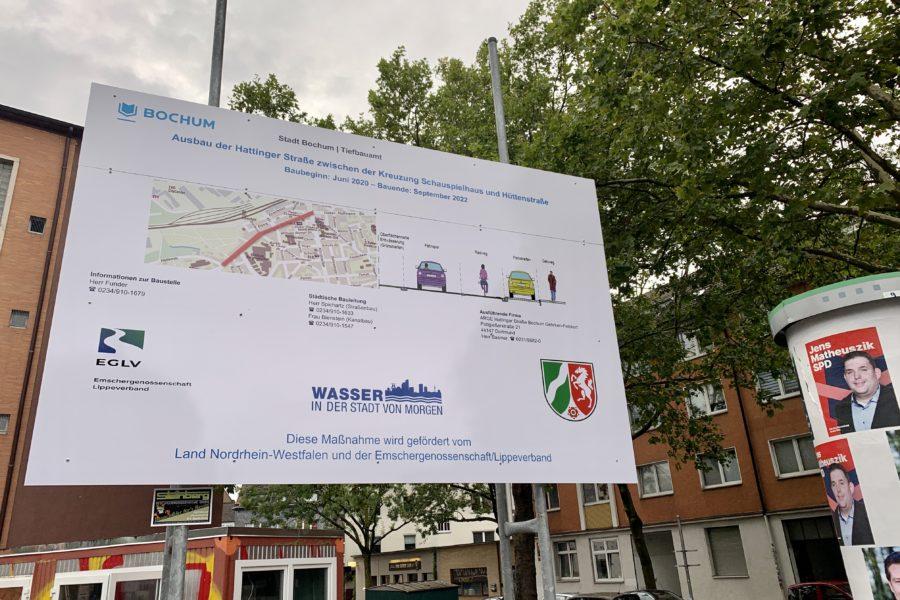 Baustellenschild zum Ausbau der Hattinger Straße zwischen der Kreuzung Schauspielhaus und Hüttenstraße